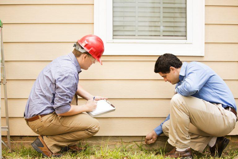 Inspectors examine building